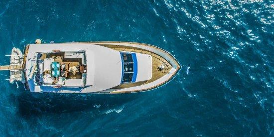 Blue Cruisers Santorini