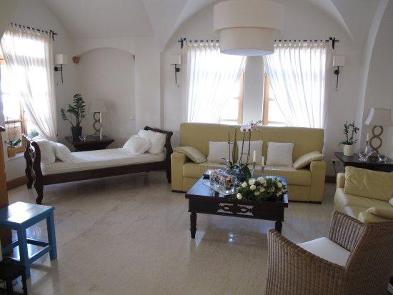 โรงแรมมาตินา: Lobby Matina Hotel
