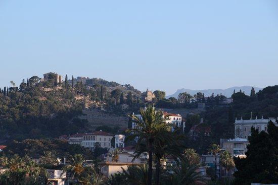 Hotel Della Punta: Вид из окна номера.