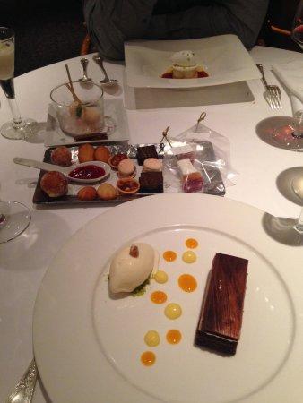 Le Jardin des Sens: dessert, merci