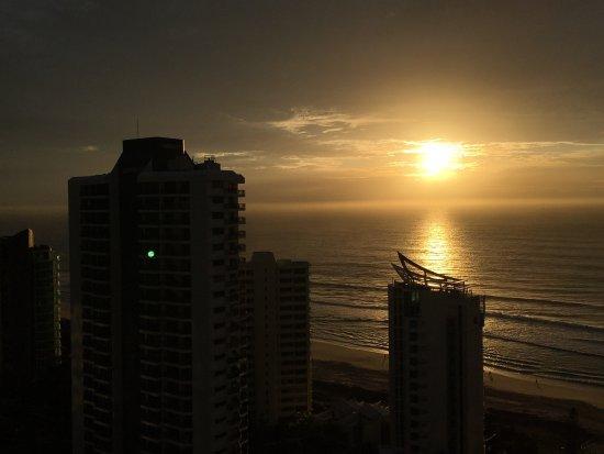 Surfers Century Apartments: photo6.jpg