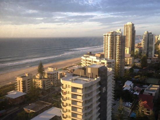 Surfers Century Apartments: photo7.jpg