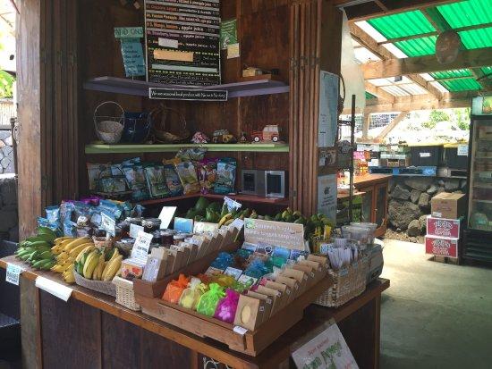South Kona Fruit Stand: photo1.jpg