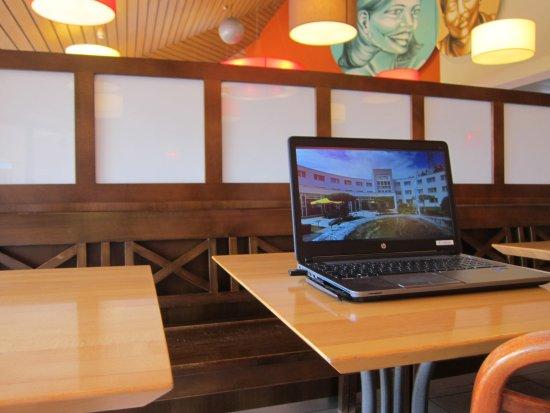 Ittigen, Schweiz: Free WiFi