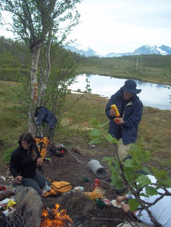 Arctic Adventure Tours - Day Tours: Lunch break