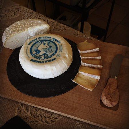 Treiso, Italien: tradizione Piemontese nel buffet