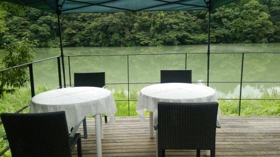 温泉 Cafe 湖畔遊