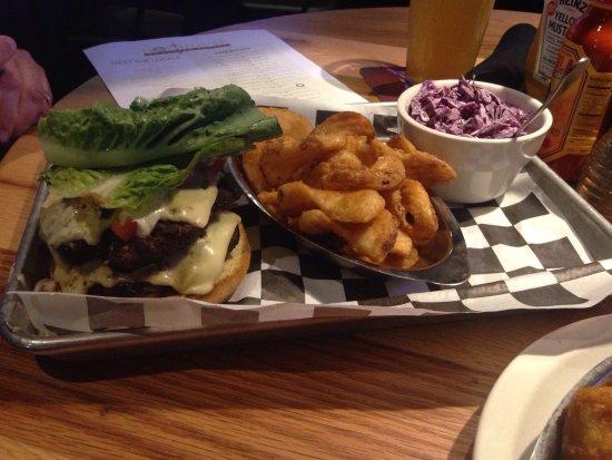 O'Fallon, IL: Burger & shrimp