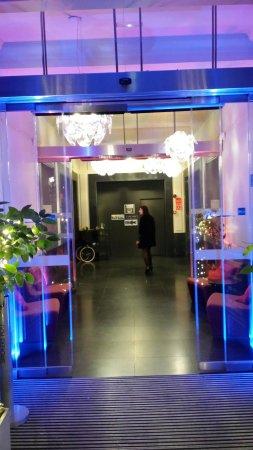 Radisson Blu Hotel, Madrid Prado: 20151205_230142_large.jpg