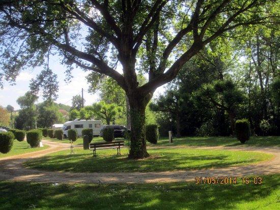 Arc-en-Barrois, Francia: camping municipal