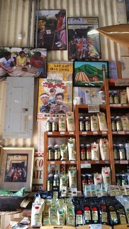 Waialua, Χαβάη: SOAPファクトリーとワイアルアコーヒー