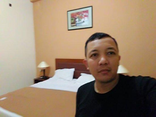 Elvin Hotel - 12 juli 2017 - kamar 103