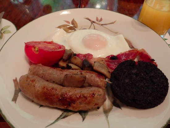 11 Belford Place : Breakfast cooked in an Aga