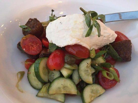 Kalypso Piano Restaurant: Greek salad