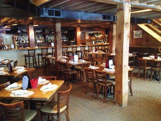 Westport, MA: Bittersweet Farm - Tavern
