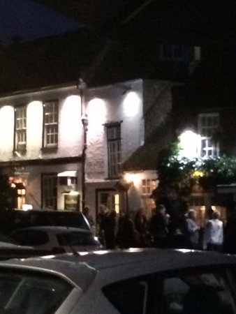 Shepperton, UK: The vertical window above the bar patrons is room 4. Avoid it!
