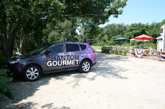 Westport, MA: Ten Cousins Brick Oven - As Seen on Phantom Gourmet!