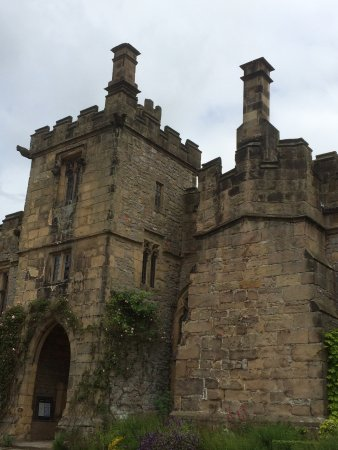 Haddon Hall: photo1.jpg