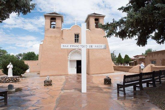 Ranchos De Taos, NM: San Francisco de Asis in Taos, NM