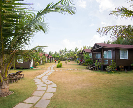 Ozran Heights Beach Resort North Goa Goa