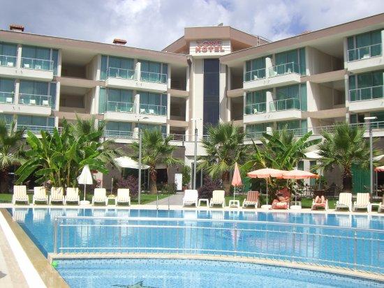 Lowe Hotel