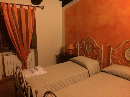 Cerreto di Spoleto, Ιταλία: photo2.jpg