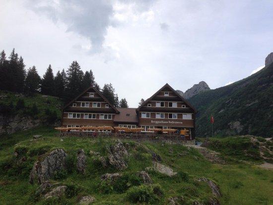Berggasthaus Bollenwees : Das Berggasthaus thront über dem Fählensee