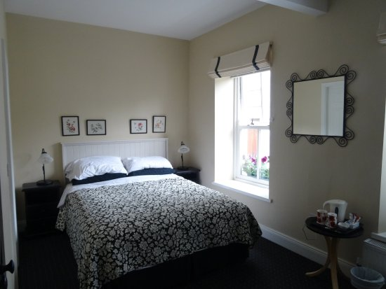 Cloisters Bed & Breakfast: Small but very comfortable
