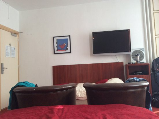 Amsterdam Hotel Parklane: Room.