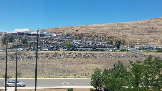 Prescott Valley, AZ: View of the mountain...request other side of this