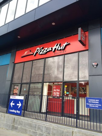 Pizza Hut Plymouth Kings Tor House Derriford Rd