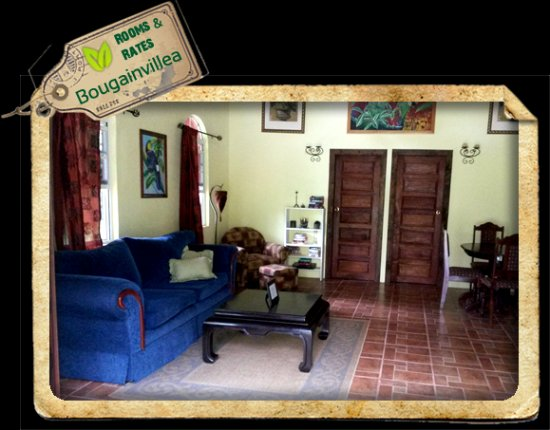 Macaw Bank, Belice: Living room inside The Bougainvillea Cabin
