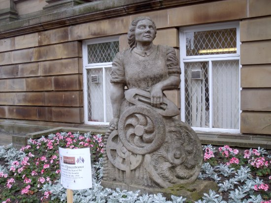 Morley, UK: Stone Statue of Woman Left of Front Steps