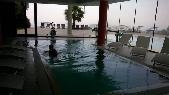 Hotel Esperia Palace: PiscinE, interna ed esterna