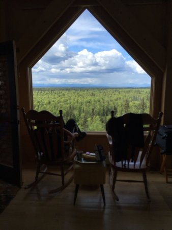Denali Overlook Inn: view first night - can't see Denali