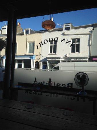 Sandgate, UK: IN INN DOORS