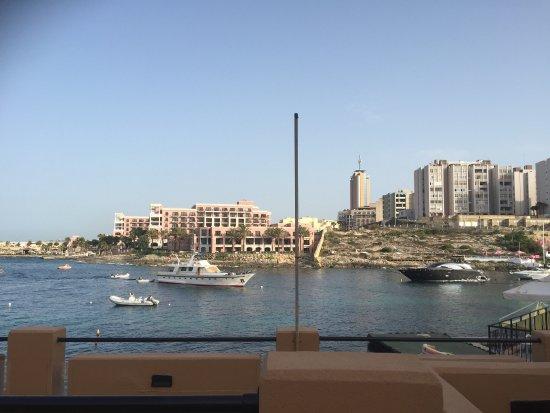 Marina Hotel Corinthia Beach Resort: photo2.jpg