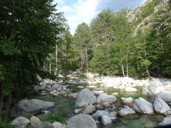 Authentic 'tour : Les Gorges de la Resthonica