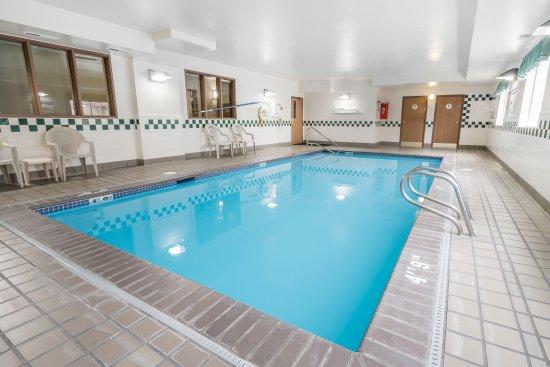 Comfort Inn Tacoma - Seattle: Pool