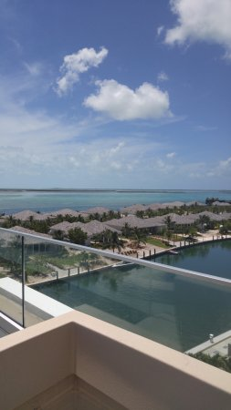 Bimini: rooftop