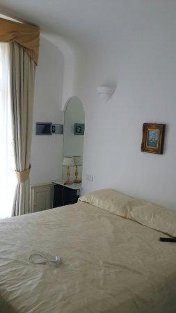 Hotel Bussola: 20160625_124216_large.jpg