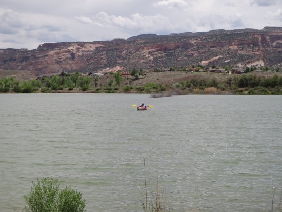 James M. Robb - Colorado River State Park : My wife kayaking on the lake