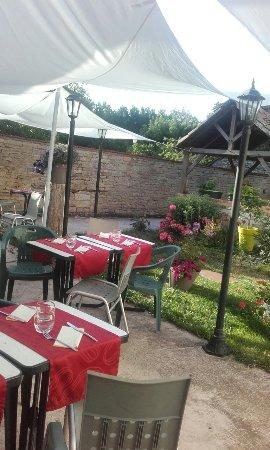 Lezay, Frankrike: L'Assiette