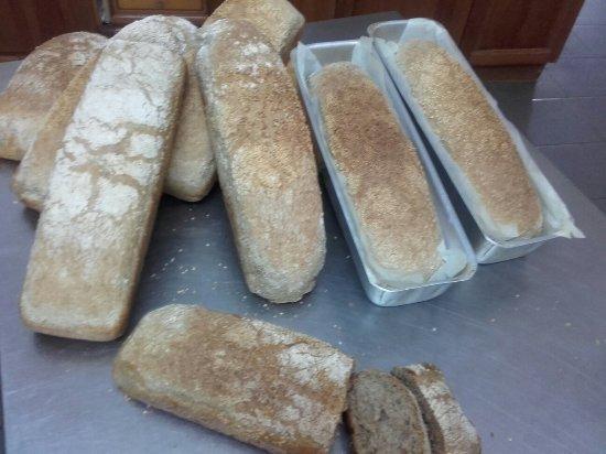 Άγιος Γεώργιος, Ελλάδα: Handmade bread. ..