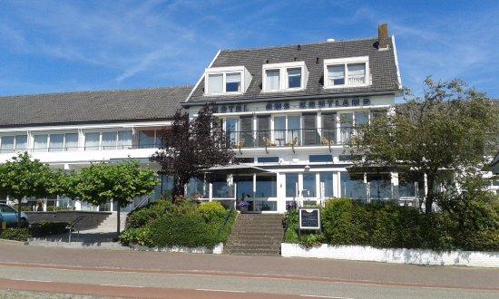 Epen, Paesi Bassi: Hoofdgebouw met links op de begane grond de hotel appartementen