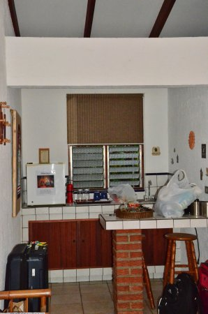 Orosi, Κόστα Ρίκα: This is our small kitchen eating area that we were available to enjoy.