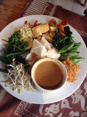 Bali Buda: название не помню) тофу и разные овощи с соусом)