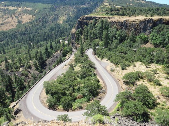 Mosier, OR: The road less traveled...fun to drive