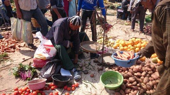غزوة, المغرب: Vue du Souk d'Ida Ouguerd