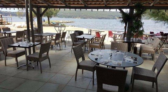 St Chamas, Frankrijk: Vu terrasse vers étang